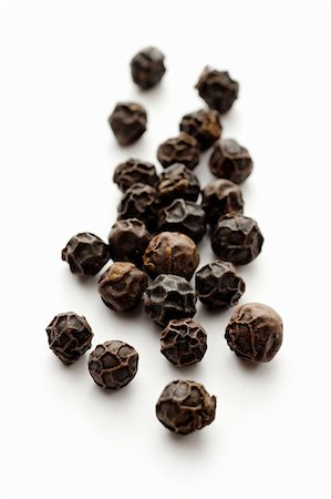Black peppercorns (close-up) Stock Photo - Premium Royalty-Free, Code: 659-07610190