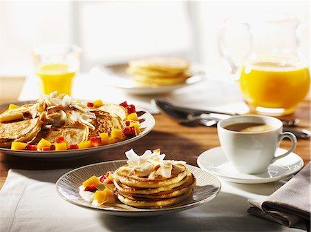 sweet   no people - Breakfast with pancakes, fruit, coffee and orange juice Stock Photo - Premium Royalty-Free, Code: 659-07738992