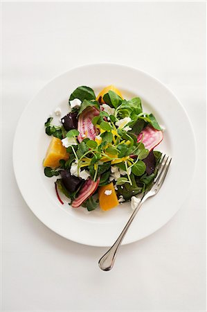 salad - Beetroot and golden beet salad with watercress and goat's cheese Stock Photo - Premium Royalty-Free, Code: 659-07739488