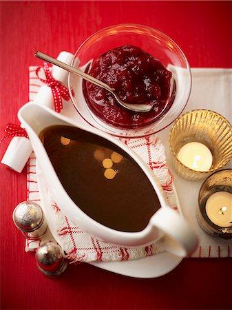 Gravy and cranberry sauce Stock Photo - Premium Royalty-Free, Code: 659-07958852
