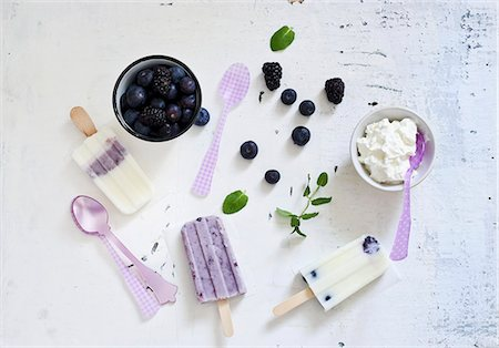 sweet   no people - Homemade blueberry ice cream and ingredients Stock Photo - Premium Royalty-Free, Code: 659-07958940