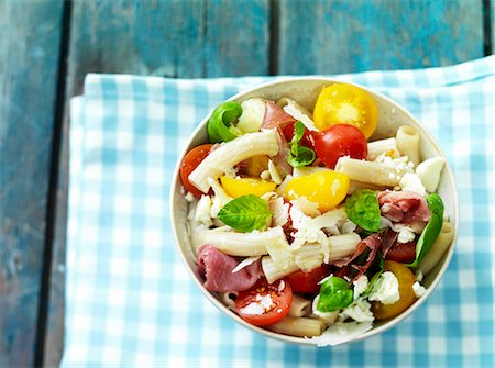 salad - Pasta salad with Serrano ham and tomatoes Stock Photo - Premium Royalty-Free, Code: 659-07958971