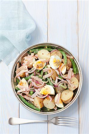 salad - Potato salad with ham, egg, green beans and a mustard vinaigrette Stock Photo - Premium Royalty-Free, Code: 659-07959138