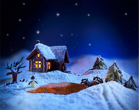 A winter landscape made from sugar with a gingerbread house Stock Photo - Premium Royalty-Free, Code: 659-08147598