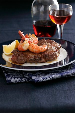 stock photograph - Beef steak with prawns Stock Photo - Premium Royalty-Free, Code: 659-08148118