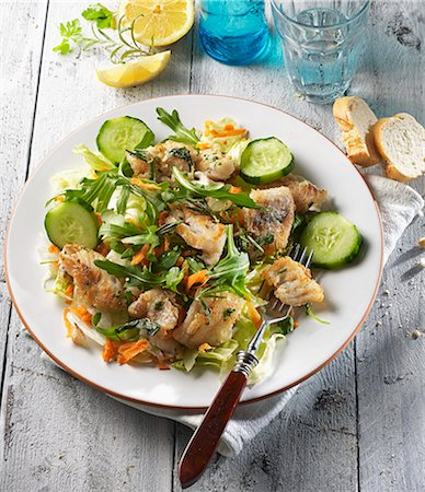recipe - A mixed salad with fried red snapper and herbs Stock Photo - Premium Royalty-Free, Code: 659-08148159