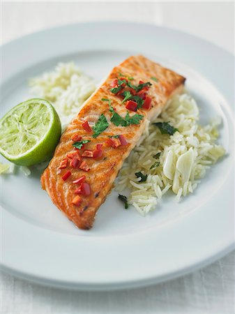 recipe - Grilled salmon with chilli and coriander on a bed of rice Stock Photo - Premium Royalty-Free, Code: 659-08419431