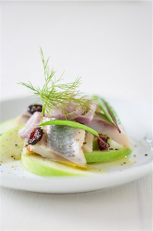 recipe - Soused herring with cranberries and apple Stock Photo - Premium Royalty-Free, Code: 659-08512898