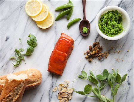 smoked - Ingredients for Salmon Crostini with Mashed Peas Stock Photo - Premium Royalty-Free, Code: 659-08897142