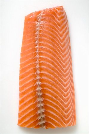 smoked - Salmon fillet (overhead view) Stock Photo - Premium Royalty-Free, Code: 659-01859632