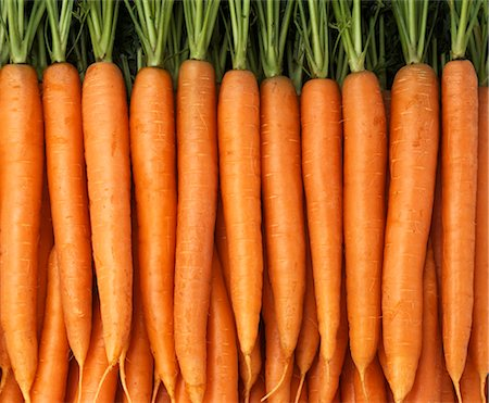 Carrots with tops Stock Photo - Premium Royalty-Free, Code: 659-03524206