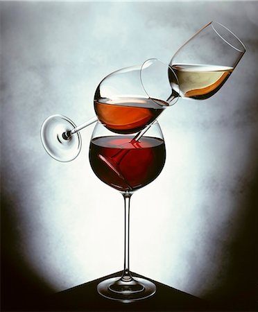 Still life with white wine, rosÈ wine & red wine in glasses Stock Photo - Premium Royalty-Free, Code: 659-03534633