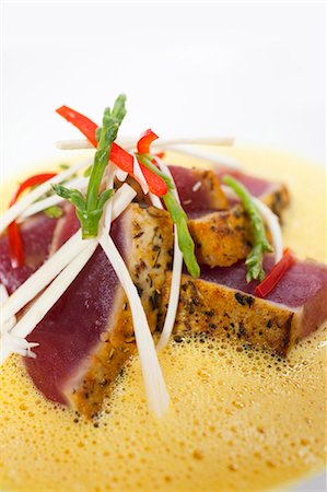 Seared Tuna with Hearts of Palm, Sea Beans and Lobster Curry Sauce Stock Photo - Premium Royalty-Free, Code: 659-03531779