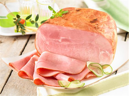 smoked - Smoked ham Stock Photo - Premium Royalty-Free, Code: 652-03635928