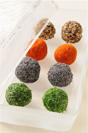 paprika - Four flavored goat's cheese balls Stock Photo - Premium Royalty-Free, Code: 652-03800942