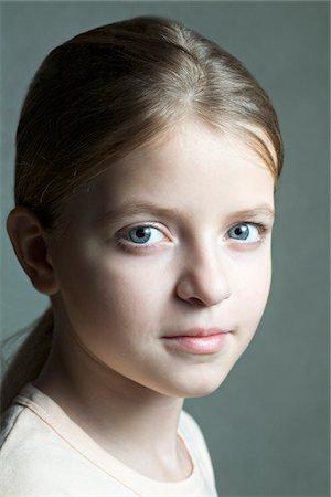 preteen girls faces photo - Portrait of girl Stock Photo - Premium Royalty-Free, Code: 653-05976858