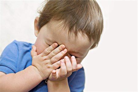 shy baby - Shy child Stock Photo - Premium Royalty-Free, Code: 653-05976881