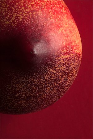 A nectarine suggestive of a breast and nipple Stock Photo - Premium Royalty-Free, Code: 653-06534384