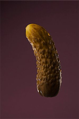 represented - A phallus shaped dill pickle Stock Photo - Premium Royalty-Free, Code: 653-06534394
