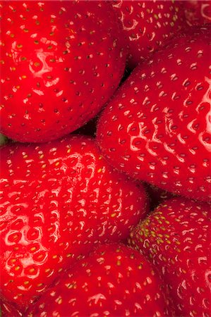 strawberries - A heap of strawberries, close-up, full frame Stock Photo - Premium Royalty-Free, Code: 653-06534434