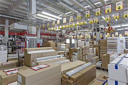 supermarket not people - Packaged warehouse store goods Stock Photo - Premium Royalty-Free, Code: 653-06534510