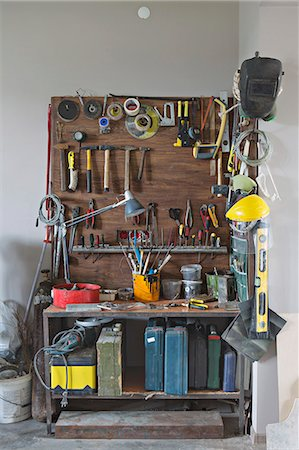 Tool cabinet Stock Photo - Premium Royalty-Free, Code: 653-06534511