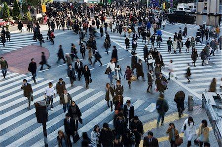 street - Crowd on pedestrian crossings in Shibuya, Japan Stock Photo - Premium Royalty-Free, Code: 653-06534982