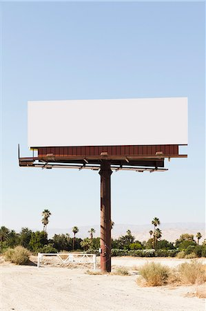 places - A blank billboard in a desert Stock Photo - Premium Royalty-Free, Code: 653-06533830