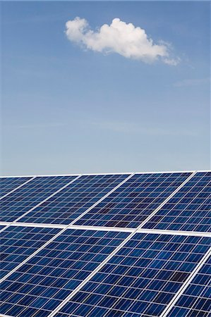 Solar panels Stock Photo - Premium Royalty-Free, Code: 653-06533982
