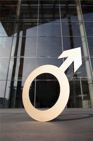 symbol - Male symbol outside office building Stock Photo - Premium Royalty-Free, Code: 653-08126119