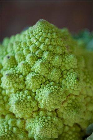 spike - Close-up of Romanesco cauliflower Stock Photo - Premium Royalty-Free, Code: 653-08382035