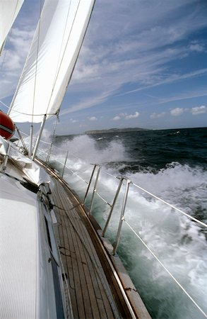 sports and sailing - Yacht sailing in rough seas Stock Photo - Premium Royalty-Free, Code: 653-01660051