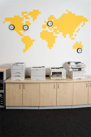 Photocopiers in an office Stock Photo - Premium Royalty-Free, Code: 653-01698249
