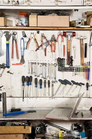Detail of a repair workshop Stock Photo - Premium Royalty-Free, Code: 653-02635362