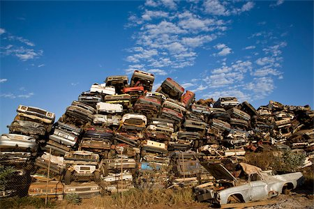 Scrap yard Stock Photo - Premium Royalty-Free, Code: 653-02834580