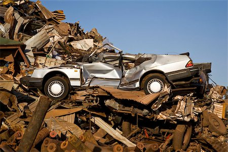 Scrap yard Stock Photo - Premium Royalty-Free, Code: 653-02834603