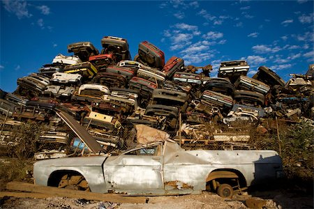 Scrap yard Stock Photo - Premium Royalty-Free, Code: 653-02834619