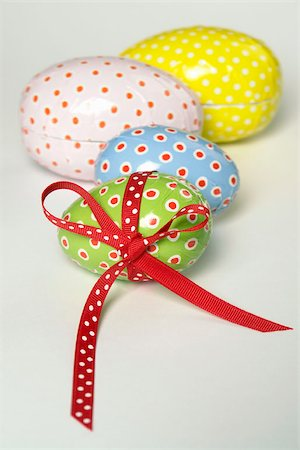 spot paint - Decorated eggs Stock Photo - Premium Royalty-Free, Code: 653-03079709