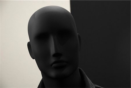 A mannequin head Stock Photo - Premium Royalty-Free, Code: 653-03576243