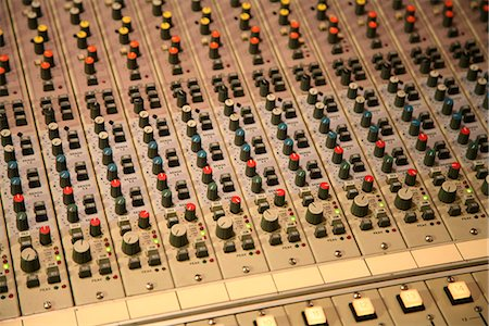 Detail of a sound mixer Stock Photo - Premium Royalty-Free, Code: 653-03613193