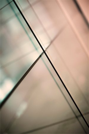 Abstract intersecting lines on a glass surface Stock Photo - Premium Royalty-Free, Code: 653-03706374