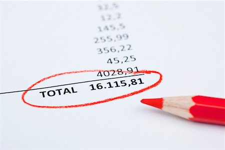 Invoice total Stock Photo - Premium Royalty-Free, Code: 653-03844359