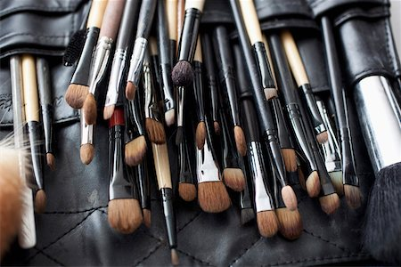 set - Detail of a professional make-up brush set Stock Photo - Premium Royalty-Free, Code: 653-03843355
