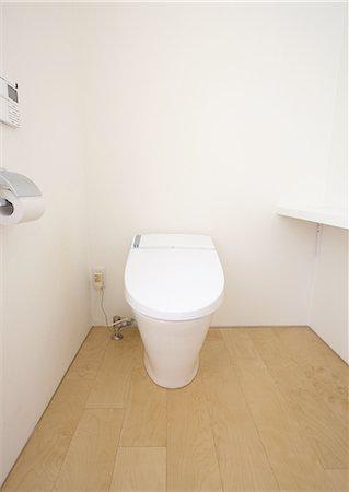 Bathroom Stock Photo - Premium Royalty-Free, Code: 669-06022983