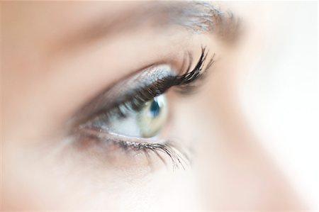 Teenage girl's eye Stock Photo - Premium Royalty-Free, Code: 679-04251034