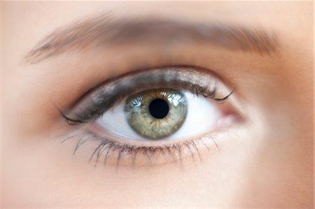Teenage girl's eye Stock Photo - Premium Royalty-Free, Code: 679-04251036