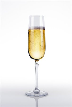 food - Glass of champagne, computer artwork. Stock Photo - Premium Royalty-Free, Code: 679-07604879