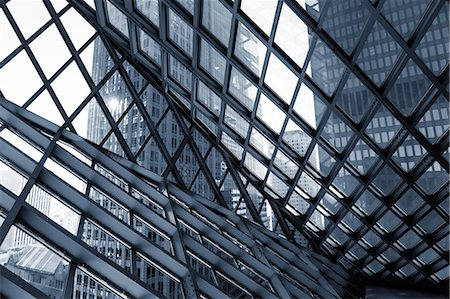Glass and steel building, abstract. Stockbilder - Premium RF Lizenzfrei, Bildnummer: 679-07608214