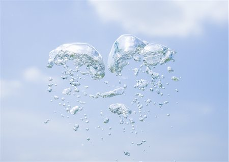 Blue sky and bubbles Stock Photo - Premium Royalty-Free, Code: 670-04249653