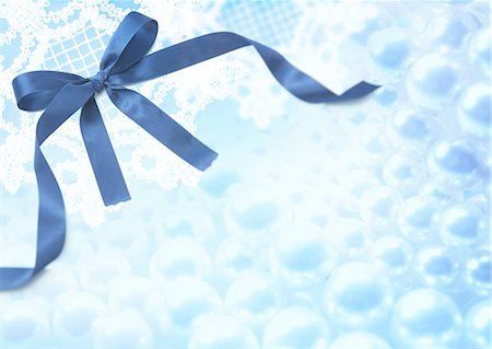 refraction - Blue ribbon Stock Photo - Premium Royalty-Free, Code: 670-06450365